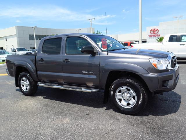 certified pre owned 2014 toyota tacoma prerunner crew cab pickup in tampa 162479a stadium toyota. Black Bedroom Furniture Sets. Home Design Ideas
